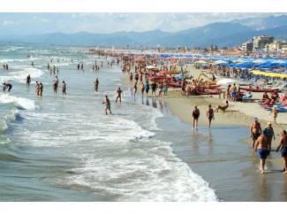 Italie Toscane  Italië   Stacaravan aan zee  Camping Paradiso  Viareggi